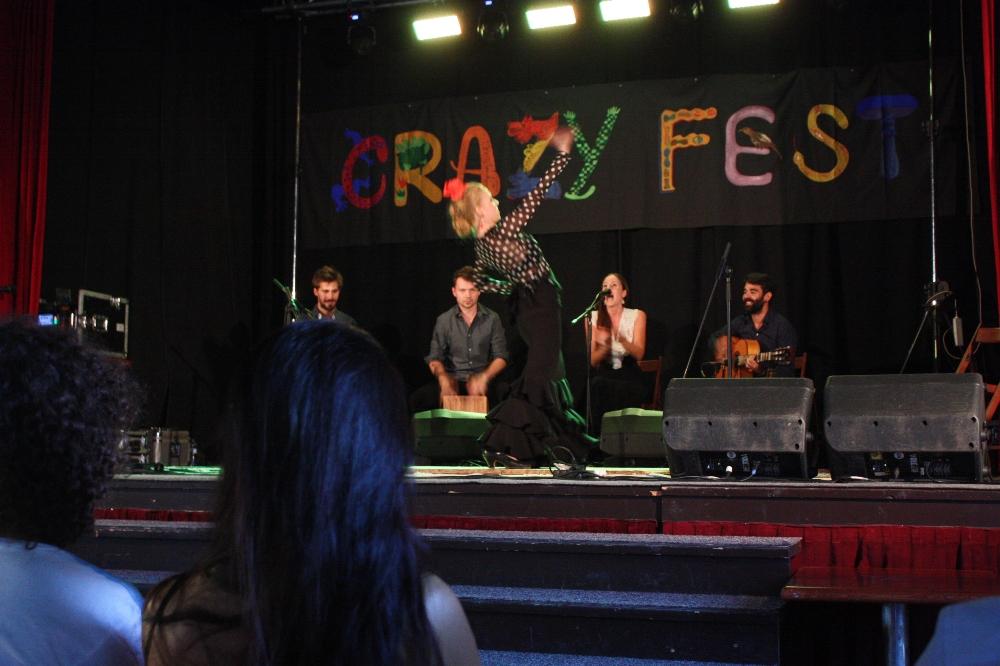 crazy-eli-03-web