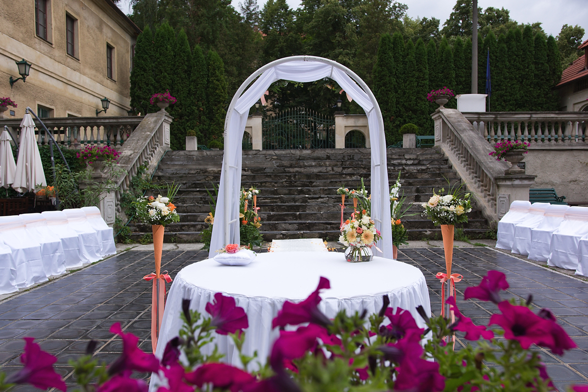 Svatba nádvoří 02