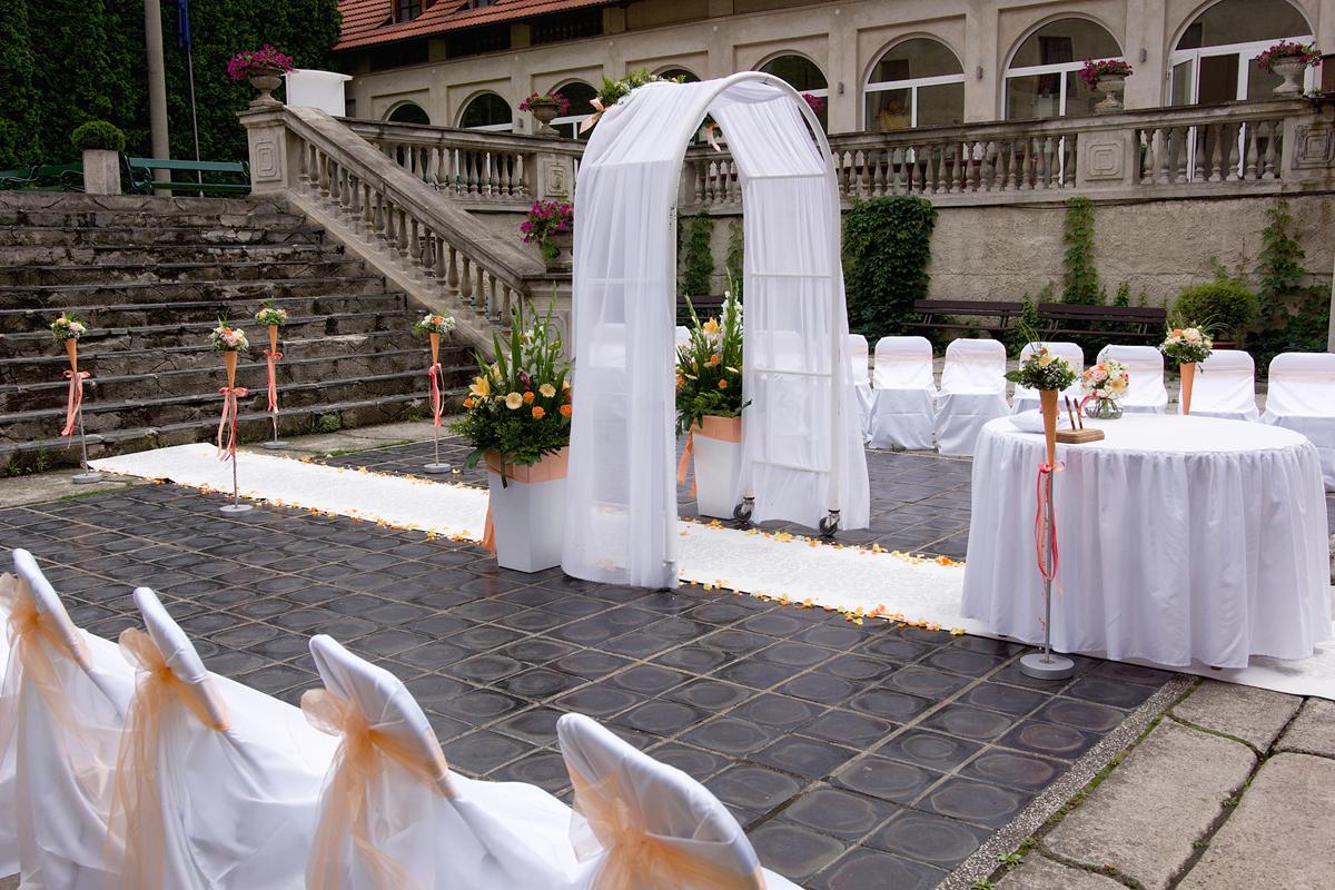 Svatba nádvoří 03